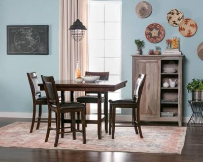 Gorgeous Dining Set ft. Lazy Susan + 4 Chairs   Good Condition!!