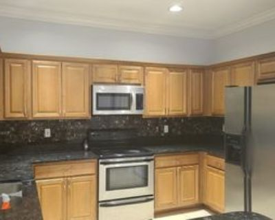 12550 Eagle Pointe Cir #1, Fort Myers, FL 33913 4 Bedroom Apartment