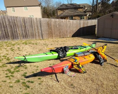 Enjoy the water with these Kayaks