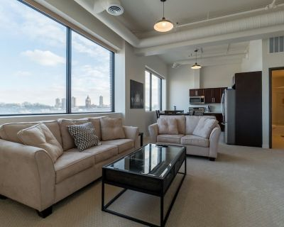 UNIT FIVE Executive Stay Fully Furnished One Bedroom Condo - Winnipeg