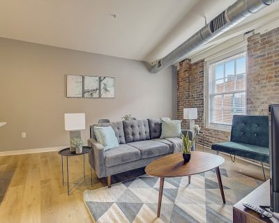 Bright + Open 1 BR near Downtown - Northern Liberties