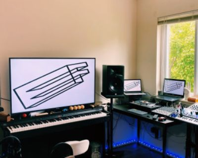 Cozy Multimedia Studio with a Focus on Audio Production and Recording., germantown, MD