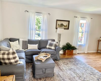 Entire townhome 1/2 mile from historic Harpers Ferry - Bolivar