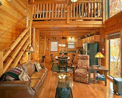 Misty Pointe 2 King BR/2 BA*Jacuzzi*Hot Tub*New Mattress*Mtn View*Pool Table - Pigeon Forge