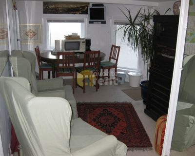 Dolores Heights Apartment ,2 Bedrooms, 1 Full Bath + Jaccuzzi, San Francisco