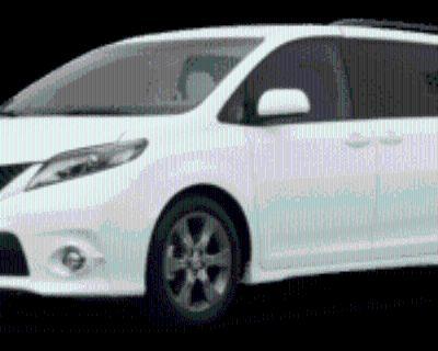 2015 Toyota Sienna SE 8-Passenger FWD