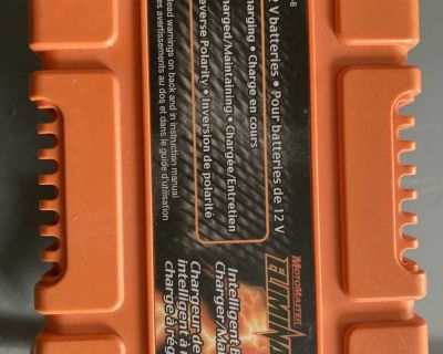 MotorMaster Eliminator Battery Charger/Maintainer