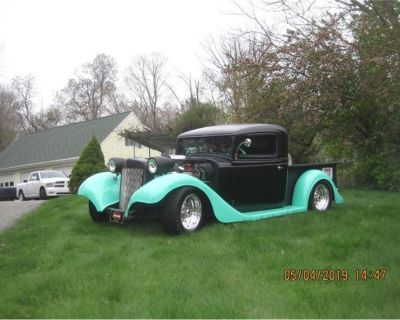 1935 International Pickup
