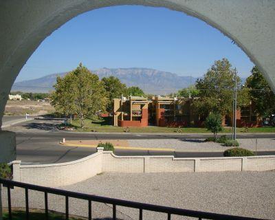 Albuquerque Int'l Balloon Fiesta 2BR/2Bath Condo Sleeps 6. Washer/Dryer. Balcony - Rio Rancho