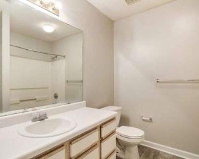 100 Parkwood Trce, Jackson, TN 38301 2 Bedroom Apartment