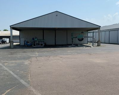 Industrial Warehouse/Storage/Parking in Lake Elmo