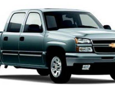 "2006 Chevrolet Silverado 1500 Crew Cab 143.5"" WB 2WD LT3"