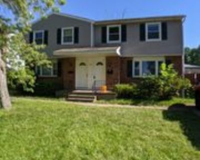 217 Glenhaven Dr #RIGHT, Amherst, NY 14228 3 Bedroom Apartment