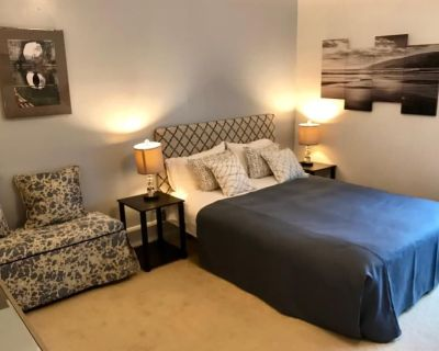 Walk to BART in under ten minutes. Easy street parking. 2 bedroom apartment. - Outer Mission