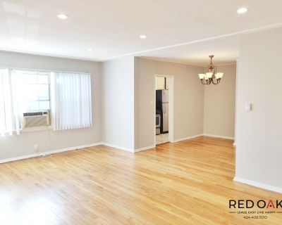 Large Beautiful One Bedroom in Beverly Hills with Parking