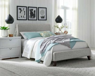 ISO double or queen bed