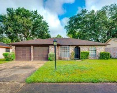 4614 Brownstone Ln, Houston, TX 77053 3 Bedroom Apartment