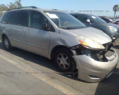Salvage Silver 2006 Toyota Sienna