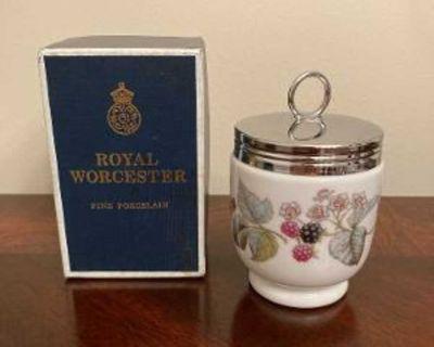 Royal Worchester Porcelain Vintage Egg Coddler Lavinia Pattern Made in England