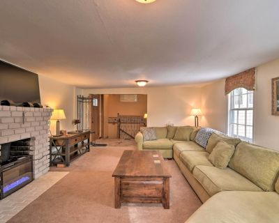 Cozy Rocky Mountain Home: Skiing, Hiking, Rafting! - Empire