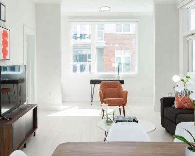 Kasa | Atlanta | Luxurious 2BD/2BA Buckhead Apartment - Buckhead Heights