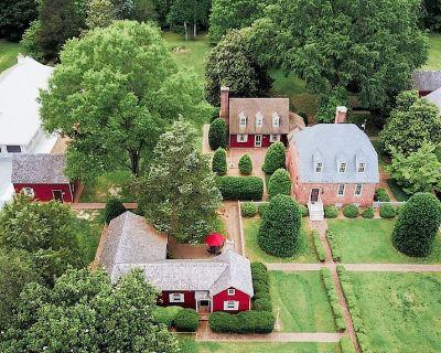 Colonial Estate and Farm - Acquinton