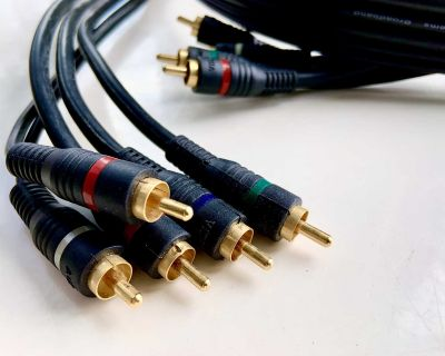 Monster Cable 4' Pro Link Studiolink RCA male to RCA male