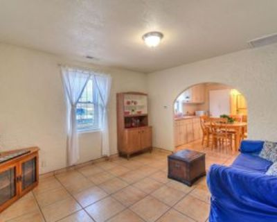 415 Gomez Ave Ne, Albuquerque, NM 87102 2 Bedroom Apartment