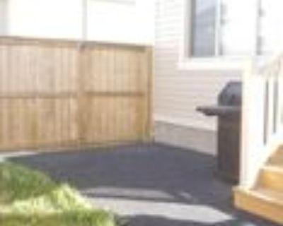 5302 Jim Cairns Blvd #B, Regina, SK S4W 0E9 3 Bedroom Apartment