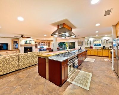 15% OFF AUG! Gorgeous Wine Country Home, Amazing Amenities, Location + Views - Temecula