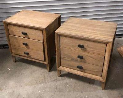 LOVESEAT.COM Vintage Furniture & Decor Auction - Unique Wood Dining Tables, Plush Area Rugs
