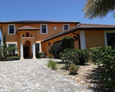 Villa MI CASA, Luxury spanish style 2 story home, boating & marvelous pool - Yacht Club