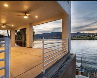 Brand New Riverfront Home with View and only minutes to Laughlin - Holiday Shores