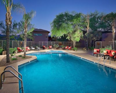 Enjoy 3 Pool Areas, Fitness Center, Unbeatable Location, Wi-Fi, Upgraded Unit - Catalina Foothills