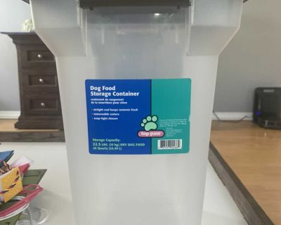 Airtight Cat Dog Food Storage Container