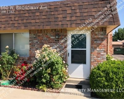 660 W Broadway Ave, Meridian