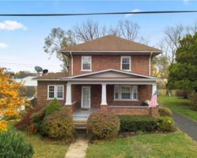 107 Academy St, Berryville, VA 22611 4 Bedroom Apartment for Rent for $2,200/month