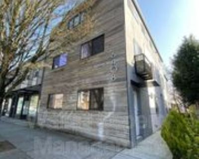 6408 Phinney Ave N #3, Seattle, WA 98103 2 Bedroom Condo