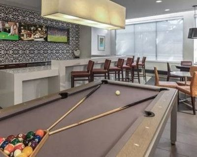 South Capitol Clubroom Perfect for Your Next Party, Washington, DC