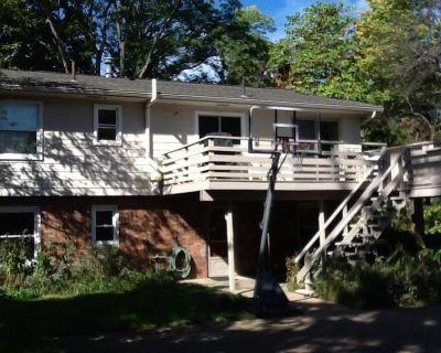Great Home in U of M Stadium neighborhood- walk to the stadium!! - Ann Arbor