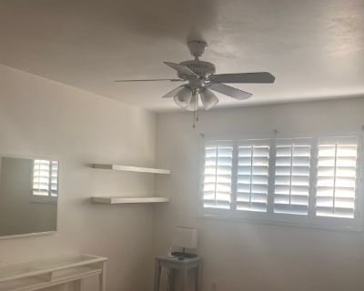 Private room with own bathroom - Scottsdale , AZ 85257