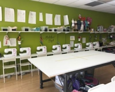 Willow Glen fashion design studio with plenty of creative workspace., san jose, CA