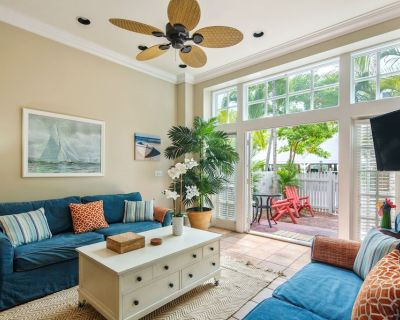 ~FAIR WINDS @ THE FOUNDRY~ Updated Townhome w/ Pool, Close To Ft Zach Beach! - Old Town Key West