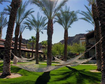 Luxurious well maintained condo to relax and enjoy - La Quinta