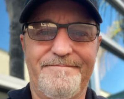 Roy, 54 years, Male - Looking in: Lakewood Los Angeles County CA