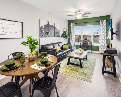 Entire Apartment - Old Town Manassas - Fully Furnished