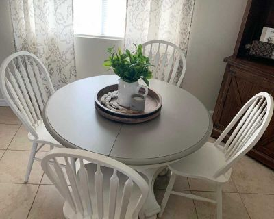 Ethan Allen Dining Table & 4 Chairs (Farmhouse Style, Solid Wood)