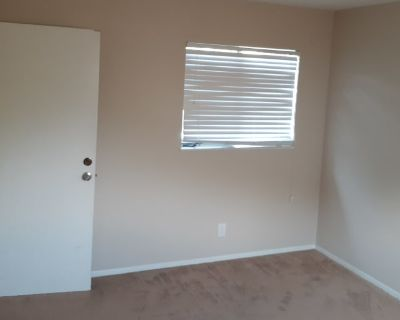 Private room with shared bathroom - Buena Park , CA 90620