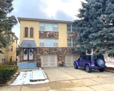 2001 W Touhy Ave #2, Park Ridge, IL 60068 3 Bedroom House