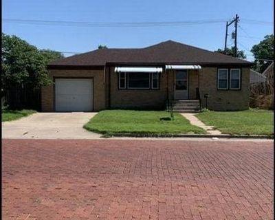 House for Rent!!!! 4 bed, 2 bath, 1 car garage